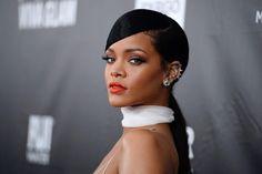 Imagem: Rihanna confessa timidez no palco
