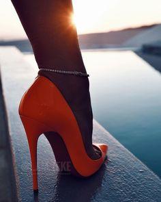 Stockings Heels, Nylons Heels, Sexy Heels, High Heels Stilettos, Stiletto Heels, Shoes Heels, Beautiful High Heels, Super High Heels, Classy Women