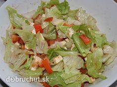 Fotorecept: Zeleninový superrýchly šalát listový šalát paradajka paprika cibuľa mozzarella morská soľ mleté čierne korenie balzamiko Mozzarella, Asparagus, Cabbage, Vegetables, Food, Red Peppers, Piglets, Salads, Studs