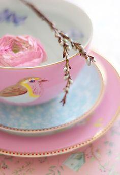 Vintage tea cup with bird & ranunculus