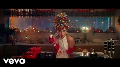 Видео: Katy Perry - Cozy Little Christmas Christmas Lyrics, Christmas Music, Little Christmas, Christmas 2019, Christmas Playlist, Katy Perry, I Kissed A Girl, Music Channel, Holiday Hairstyles