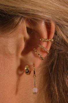 Ear Jewelry, Cute Jewelry, Jewellery, Pretty Ear Piercings, Jewelry Trends, Earring Set, Fashion Jewelry, Piercing Ideas, Jewels