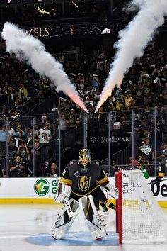 Photo galleries featuring the best action shots from NHL game action. Funny Hockey, Hockey Baby, Hockey Goalie, Field Hockey, Ice Hockey, Nhl Wallpaper, Beast Wallpaper, Golden Knights Hockey, Vegas Golden Knights