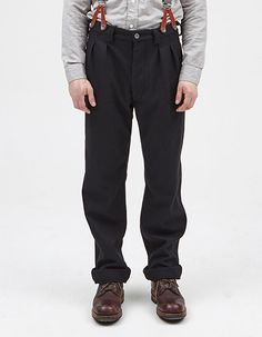 PLEATED CHINO BLACK NAVY