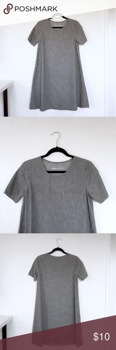 GAP Grey Denim Dress w/ Front Pocket Worn once! Grey dress with wide skirt and large front pocket. Casual and feminine :) GAP Dresses