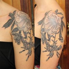 COVER  #cover para Sil ❤   Tatuaje del año pasado.  YA ESTOY TATUANDO EN #buenosaires 🙌  Turnos y consultas por privado. 🌿   Ah si, soy pésima para sacar fotos, lo se.    #belpainefilu #naturaleza #TAOT #equilattera #tattoodesign #tattoogirl #tattooargentina #botanico #botanicaltattoos #botanicalgarden