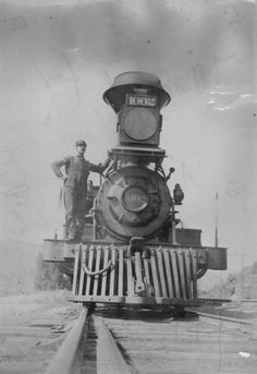 Union Pacific Rail Road locomotive (1894) - Annie hopped on and off these on her trip from San Francisco to Boston