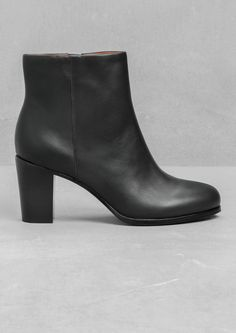 & OTHER STORIES | High-Heel Ankle Boots in black | 100% cow leather upper, Cushioned leather insole and a rubber-covered leather outsole | Heel height: 7.7 cm | £95