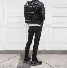 The Leather Backpack and 1460 boot in black, shared by Dr Martens Outfit, Dr Martens Men, White Doc Martens, Doc Martens Style, Doc Martens Boots, Dr Martens Backpack, Dm Boots, Backpack Outfit, Men Dress