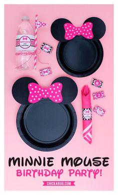 Ideas para fiesta de cumpleaños de Minnie Mouse. Encuentra todos los artículos para tu fiesta en nuestra tienda en línea: http://www.siemprefiesta.com/fiestas-infantiles/ninas/articulos-minnie-mouse.html?utm_source=Pinterest&utm_medium=Pin&utm_campaign=Minnie