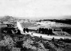 Zappeion Hall, 1890 (at the right) Old Photographs, Old Photos, Vintage Photos, Greece Photography, Athens Greece, Old City, Historical Photos, Paris Skyline, Documentaries