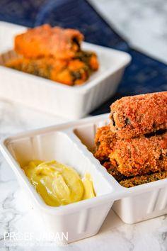 Recept: Zalm nori rolletjes met wasabi mayonaise | Proef Japan Mayonaise, Japan, Snacks, Food, Tapas Food, Okinawa Japan, Appetizers, Meal, Essen