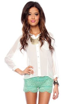 Love Love Love these crochet shorts in Mint and Cream from Tobi.com