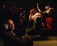 Derek Jarman no set de filmagem de Caravaggio, 1986, uma de suas obras primas e que teve o orçamento de 800 mil dólares. Incluindo no elenco Tilda Swinton e Nigel Terry.