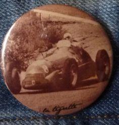 Badge 5 cm . La Tigrette .