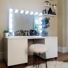 "8,265 Likes, 70 Comments - Impressions Vanity Co. (@impressionsvanity) on Instagram: ""STUN  NING ⠀ ⠀  @rebeccaseals #impressionsvanity Glow Pro Vanity Mirror ⠀ #blackfriday…"""