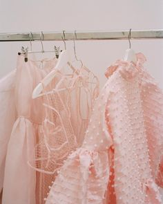 Cecilie Bahnsen operates at the intersection of couture and ready-to-wear to create luxury clothing with a relaxed, timeless style. Mode Inspiration, Design Inspiration, Fashion Inspiration, Baby Pink Aesthetic, Aesthetic Collage, Aesthetic Photo, Everything Pink, Pastel Pink, Blush Pink