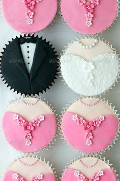 Wedding cupcakes. Ideas for Elegant Wedding cupcake decoration. Stock photo.