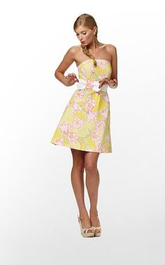 Not a huge fan of yellow but this is cute. Lilly Pulitzer :)