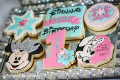 Minnie Mouse Winterland | CatchMyParty.com