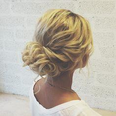 "539 Likes, 9 Comments - Nayza (@nayza) on Instagram: ""Супер небрежность с #nayzamktallinn :) #hair #hairstyle #updo #nayzawork #perfect #natural #hair…"""