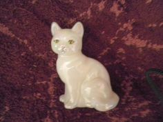 FENTON OPALESCENT IRIDESCENT FIGURINE CAT Signed T.Gaskins Handmade in USA