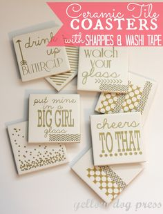 Ceramic Tile Coasters with Sharpies & Washi Tape (diy coasters monogram) Home Design Diy, Creative Design, Diy Photo, Tile Projects, Craft Projects, Sewing Projects, Mini Pallet, Azulejos Diy, Craft Gifts
