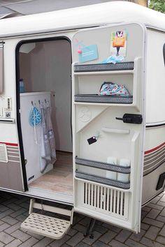 Marion Verheijden was vorig jaar met haar gezin op vakantie in Frankrijk en ontmoette daar haar collega styliste Carola, die even verderop op een camping zat. In een gepimpte Eriba… Drie keer raden wat er gebeurde… Juist ja. Dezelfde avond nog werd er vanuit de tent volop gegoogled naar een Eriba en ze vonden 'm …