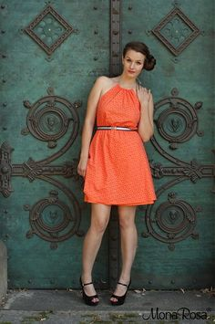 MonaRosa / ORANGE - madeirové šaty