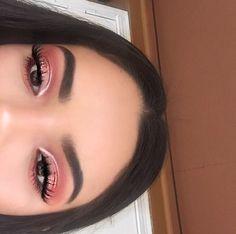 make up natural;make up glitter;make up catrina;make up inspo;make up brushes;make up samples; Glam Makeup, Formal Makeup, Pink Makeup, Makeup Inspo, Eyeshadow Makeup, Makeup Inspiration, Hair Makeup, Metallic Eyeshadow, Beauty Makeup