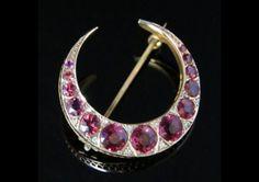 ANTIQUE ALMANDINE GARNET & DIAMOND CRESENT BROOCH – 18CT ROSE GOLD