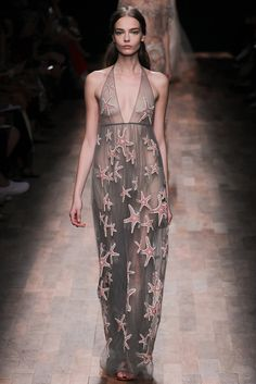 Valentino Spring 2015 Ready-to-Wear - Collection - Gallery - Look 2 - Style.com