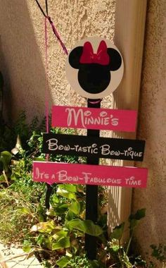 Minnie Mouse Birthday Party Ideas | Photo 11 of 15 | Catch My Party