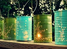 Tin can lanterns turns what many of us think of as rubbish into something useful and beautiful! How to make tin can lanterns. Diy Deco Rangement, Tin Can Lanterns, Candle Lanterns, Diys, Magazine Deco, Diy Lampe, Diy Inspiration, Recycled Garden, Blog Deco