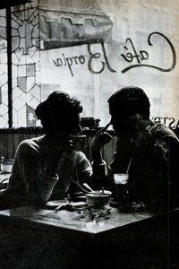 Querido nadie:  Solo te pido que seas alguien con quien desayunar fuera.