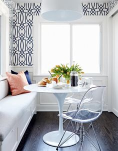 transitional breakfast nook | Style at Home