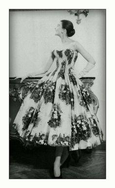 FERDINANDI Haute Couture via Veneto 108,Roma-1950/1960 Model: JOE PATTERSON