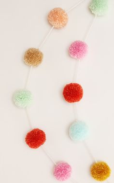 pompom holiday garland