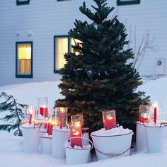 Oh, Christmas Tree - love the bright red with the enamelware