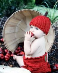 Crochet Apple Hat with tipped bucket