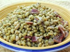 Cream Peas - Used this recipe but made the following modifications: Sprinkled flour on the onion and bacon mixture.  Used Chicken Stock instead of water.  Poured in half-n-half at the end.
