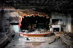 Architectural Corpses: 'Stages of Decay' by Julia Solis Captures Abandoned Theaters