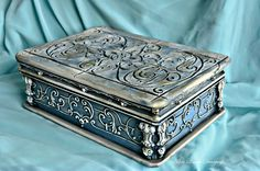 vintage antique handmade jewelry box by Adisa Lisovac Decoupage