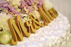 MR and MRS wooden wedding decoration for sweetheart table