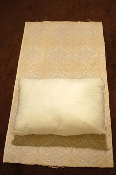 envelope pillow tutorial (very easy)