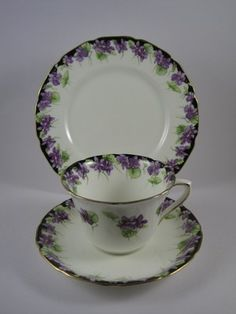LOVELY 1930's ROYAL DOULTON ART DECO VIOLETS TRIO CUP SAUCER PLATE