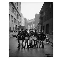 "Versace Models, Peter Lindbergh, 1991. Via FD Gallery, www.fd-inspired.com ... One of my fab fashion photos ever  .... All top first-wave ""Supermodels"" ..."