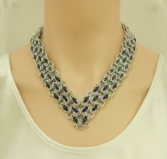 Chain maille V collar necklace in silver and black