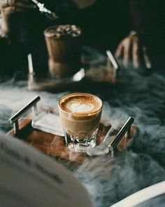 Facts And Trivia About Coffee – Espresso Shots Coffee Cozy, Coffee Break, Coffee Time, Coffee Shop, Cappuccino Coffee, Coffee Lovers, Morning Coffee, Coffee Maker, Coffee Is Life