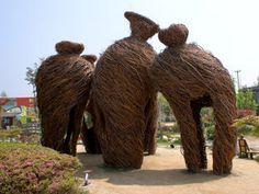 A North Carolina sculptor branches out - CBS News